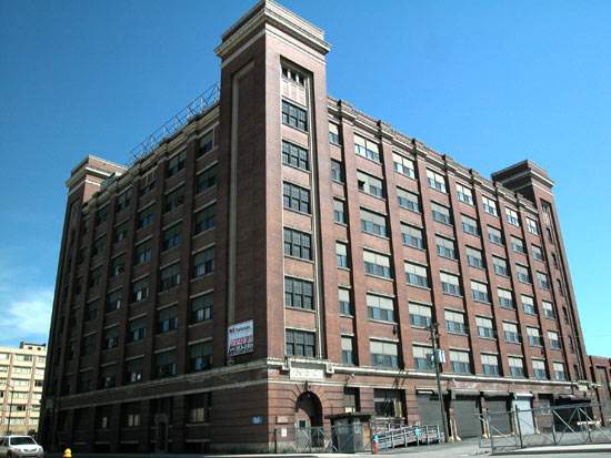 Henry ford hospital downtown detroit mi for Ford motor company detroit michigan phone number