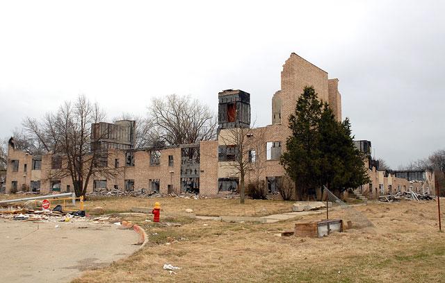 Parkview Manor Apartment Detroit Slated For Demolition